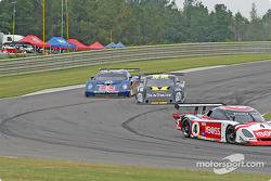 #58 Brumos Racing Porsche Fabcar: David Donohue, Darren Law, #10 SunTrust Racing Pontiac Riley: Wayne Taylor, Max Angelelli