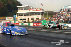Team mates Eric Medlen and Gary Densham hold the first and fourth qualifying positions