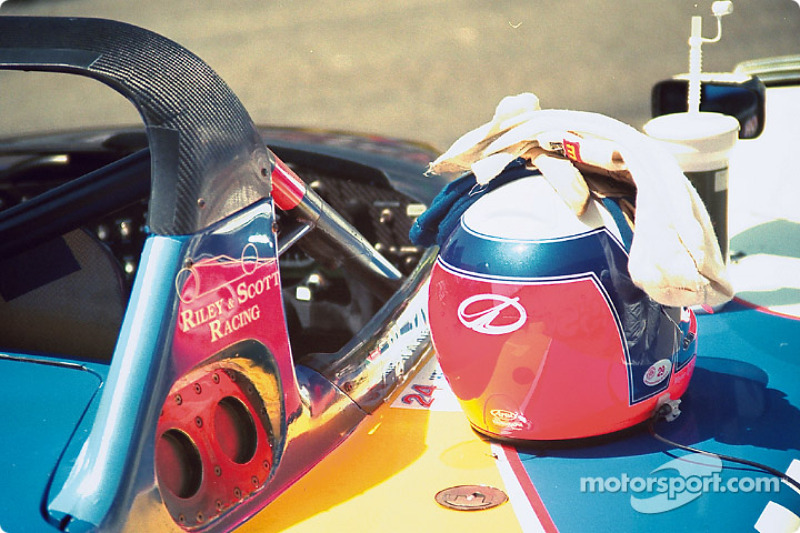 Helmet of Wayne Taylor