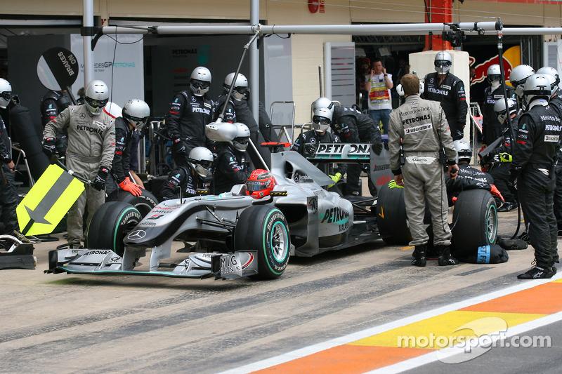 Michael Schumacher, Mercedes GP pit stop