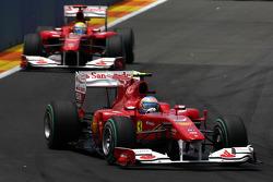 Fernando Alonso, Scuderia Ferrari rijdt voor Felipe Massa, Scuderia Ferrari