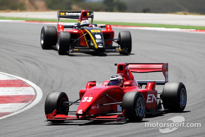 Philipp Eng voor Ricardo Teixeira