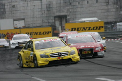 David Coulthard, Mücke Motorsport, AMG Mercedes C-Klasse en Mike Rockenfeller, Audi Sport Team Phoenix Audi A4 DTM