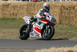 1998 Honda RC45: Aaron Slight