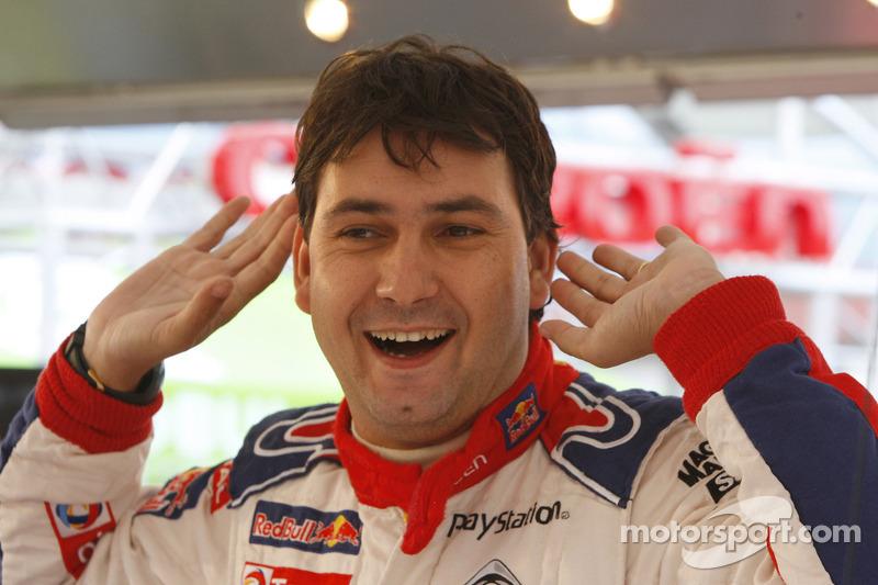 Daniel Elena
