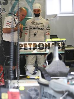 Jock Clear, Mercedes GP, Senior Race Engineer, Nico Rosberg, Mercedes GP