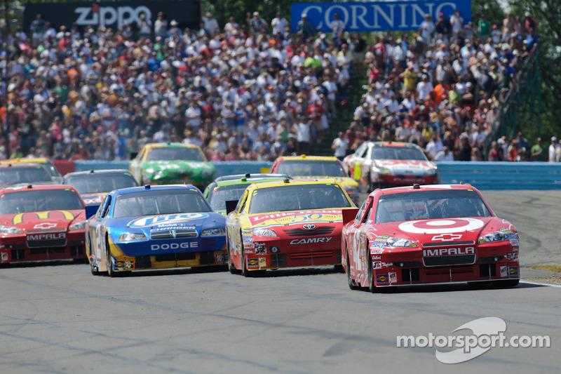 Juan Pablo Montoya, Earnhardt Ganassi Racing Chevrolet en tête