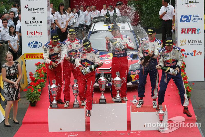 Podium: winnaars Sébastien Loeb en Daniel Elena, Citroën C4, Citroën Total World Rally Team, 2de Daniel Sordo en Diego Vallejo, Citroën C4 Citroën Total World Rally Team, 3de Sébastien Ogier en Julien Ingrassia, Citroën C4 WRC