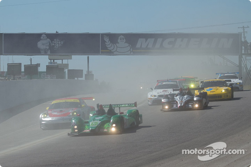 Start 2010 Grand Prix of Mosport