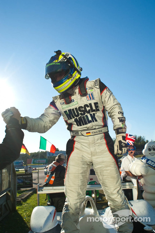 Klaus Graf viert de winst in de Grand Prix of Mosport