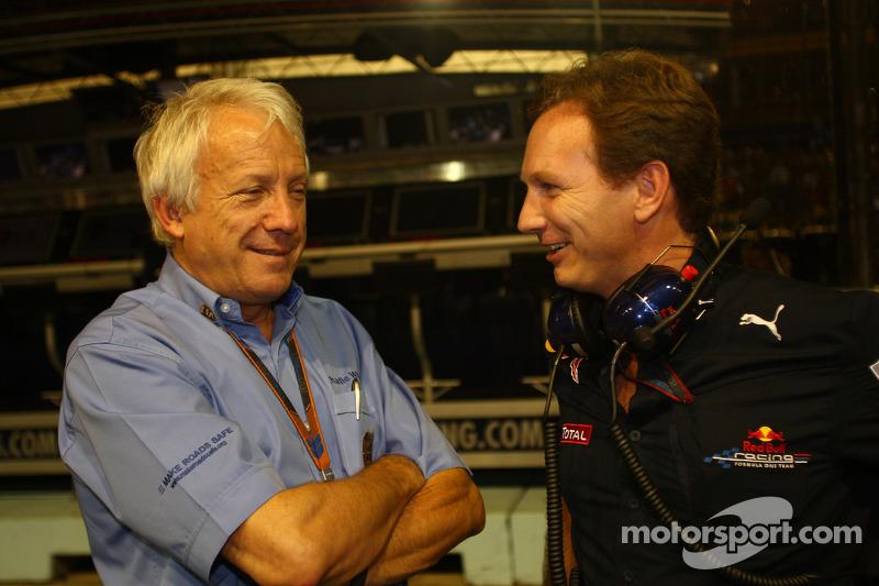 Charlie Whiting, FIA Safty delegate, Race director & offical starter en Christian Horner, Red Bull R