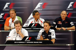 Robert Fearnley, Force India F1 Team, Norbert Haug, Mercedes, Motorsport chief, Hiroshi Yasukawa, Bridgestone, Adam Parr, Williams F1 Team, Franz Tost, Scuderia Toro Rosso, Takım Patronu
