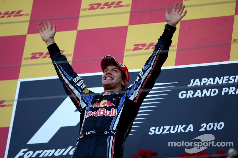 Podium: race winnaar Sebastian Vettel, Red Bull Racing