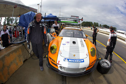 #911 Porsche Motorsports North America Porsche 911 GT3R Hybrid