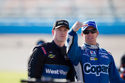 Carl Edwards et Daryl Harr