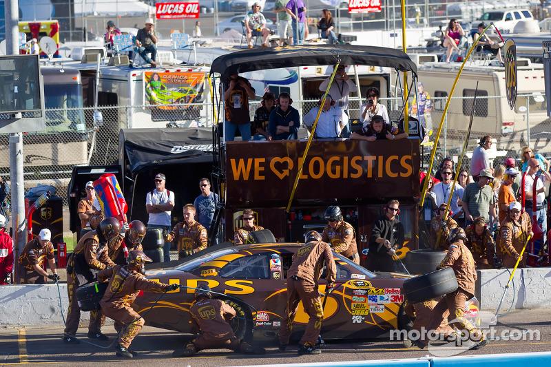 Pit stop pour David Ragan, Roush Fenway Racing Ford