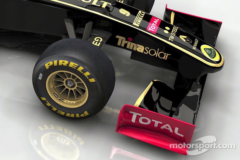 The visual of the 2011 livery is shown on a model of the 2010 race car, the R30