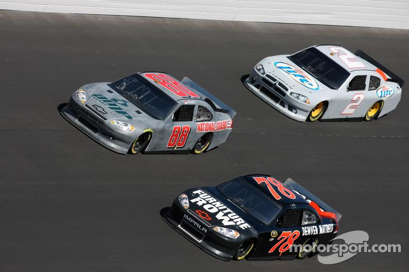 Dale Earnhardt Jr., Regan Smith en Kurt Busch