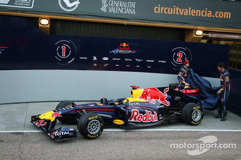 Sebastian Vettel, Red Bull Racing and Mark Webber, Red Bull Racing unveil the new RB7