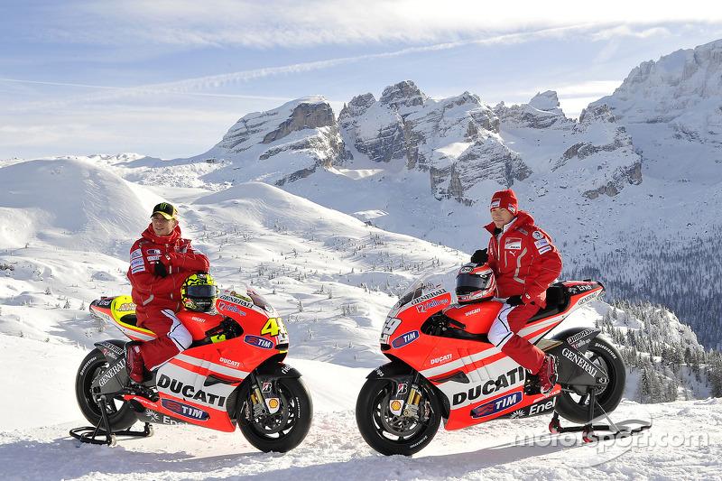 Ducati Desmosedici 2011 - Valentino Rossi ve Nicky Hayden