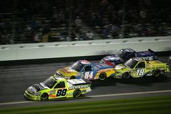 Matt Crafton, ThorSport Racing Chevrolet; Chris Fontaine, Toyota; Kyle Busch, Kyle Busch Motorsports Toyota