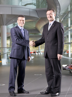 New Dassault Systemes partnership allows McLaren Racing to push design ve production cycle to yeni limits