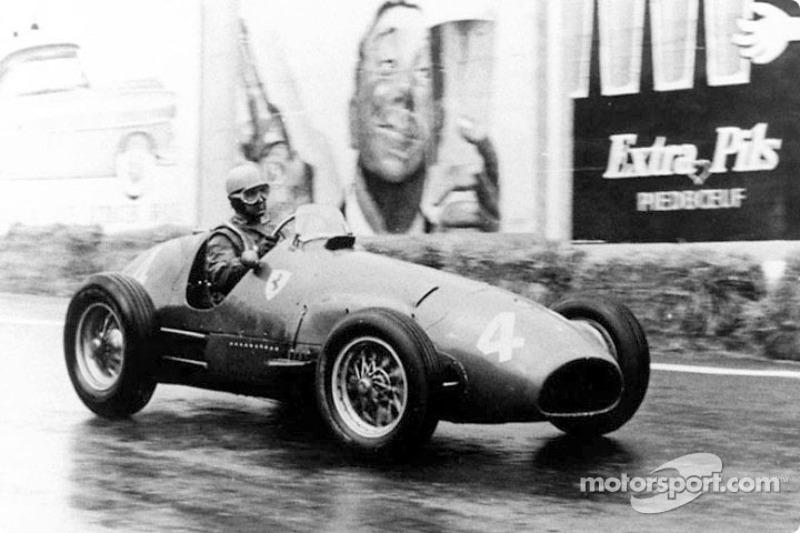 Alberto Ascari: campeón en 1952 y 1953, 13 victorias