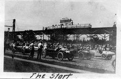 1921 Indy 500: Der Start; #16 Ora Haibe; #9 Albert Guyot; #21 Bennett Hill