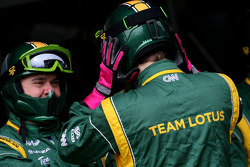 Team Lotus mechanics