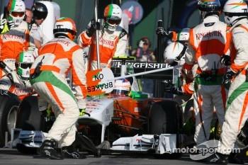 Paul di Resta, Force India F1 Team pit stop