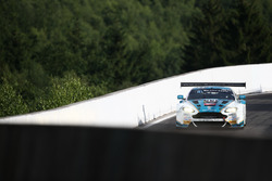 #44 Oman Racing Team, Aston Martin Vantage GT3: Ахмал Аль-Харті, Девон Моделл, Джонатан Адам, Дарен Тьорнер