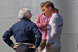 Bernie Ecclestone, with Nico Rosberg, Mercedes AMG F1