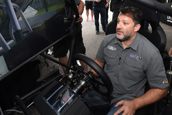 Tony Stewart, Stewart-Haas Racing durante un evento de iRacing