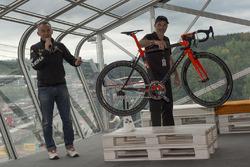 Presentazione della bici Orange1 by Colnago dedicata alla 24 Ore di Spa