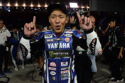 Winner #21 Yamaha Factory Racing Team: Katsuyuki Nakasuga