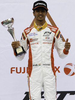 Rookie Champion Mohammed Nalwalla