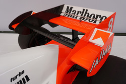 1984 McLaren MP4-2/2 guidata da Niki Lauda