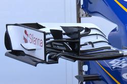 تفاصيل أنف سيارة ساوبر سي35 في سبا
