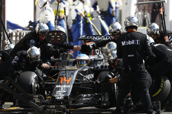 Fernando Alonso, McLaren makes a pit stop