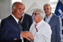 Dr. Angelo Sticchi Damiani, président ACI avec Bernie Ecclestone lors de l'annonce de l'accord trouvé avec Monza