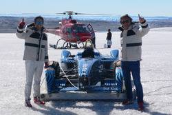 Lucas di Grassi mit Alejandro Agag, Formel-E-Boss, in der Arktis