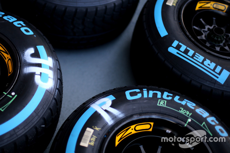 Шины Pirelli, Джолион Палмер, Renault Sport F1 Team