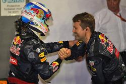 Daniel Ricciardo, Red Bull Racing celebra su segundo puesto en parc ferme