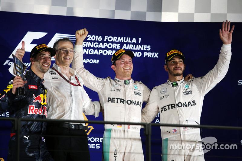 51 (2016) GP de Singapur Primer lugar