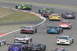 Start action; #19 GRT Grasser Racing Team, Lamborghini Huracan GT3: Michele Beretta, Andrea Piccini, Luca Stolz leads