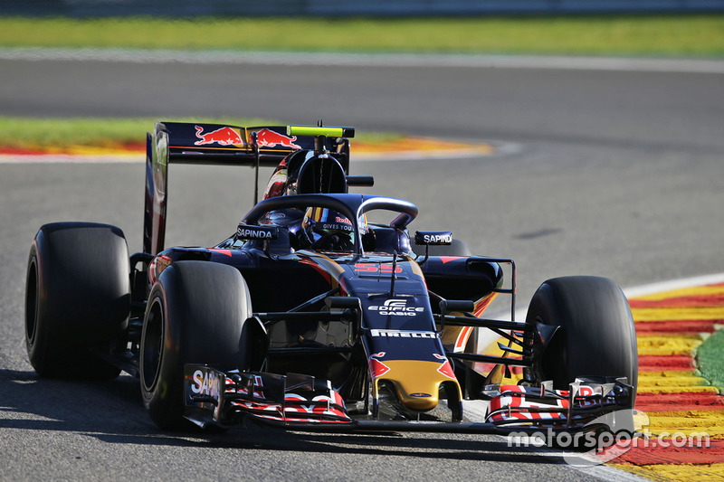 Toro Rosso STR11 with coloured Halo