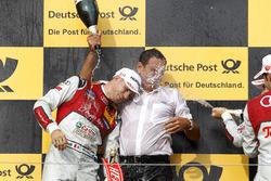 Подиум: Эдоардо Мортара, Audi Sport Team Abt Sportsline, Audi RS 5 DTM, и  руководитель Abt-Audi Ханс-Юрген Абт