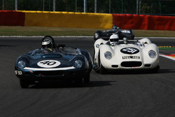 #40 Tojeiro-Jaguar (1959): James Cottingham; #251 Lister-Chevrolet 'Knobbly' (replica-2004): Mark Lewis, Jamie McIntyre