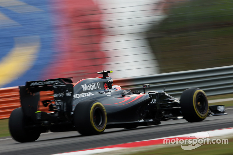9: Jenson Button, McLaren MP4-31