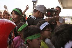 Lewis Hamilton, Mercedes AMG F1 mit Fans